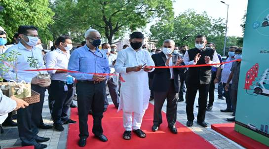 India's first public electric vehicle (EV charging plaza) inaugurated by Union Energy Minister